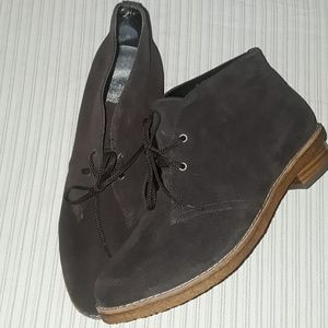 Brown suede Ros Hommerson bootie 10W